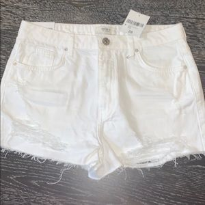 White cut off shorts size 28 brand new with tags